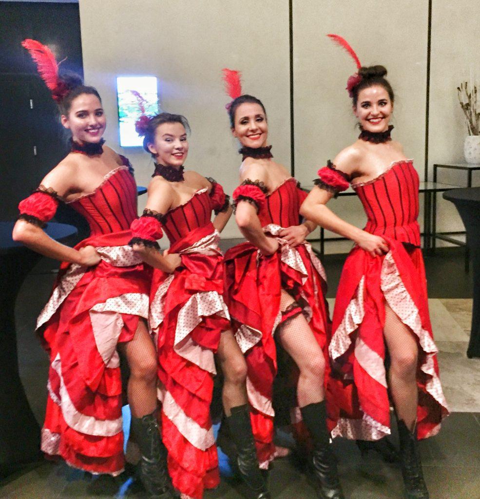 IMG-4728-985x1024 Pokaz Moulin Rouge