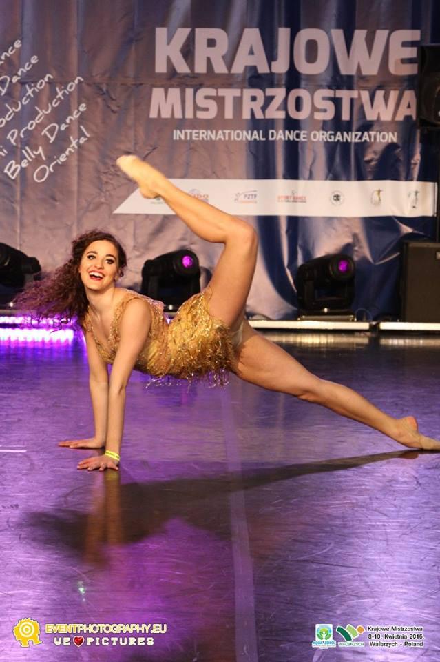 jazz-dance-tancerka-pokaz Pokaz taneczny na weselu i animacje