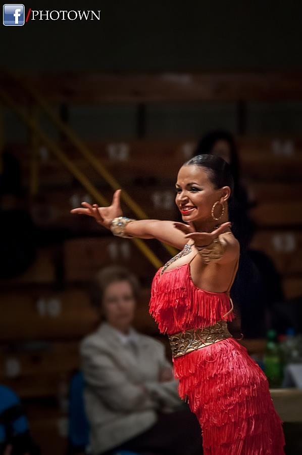 tancerka-tanca-towarzyskiego-3 Oferta